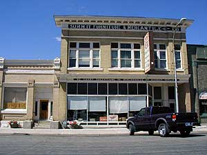 Front View of Summit Furniture and Mercantile
